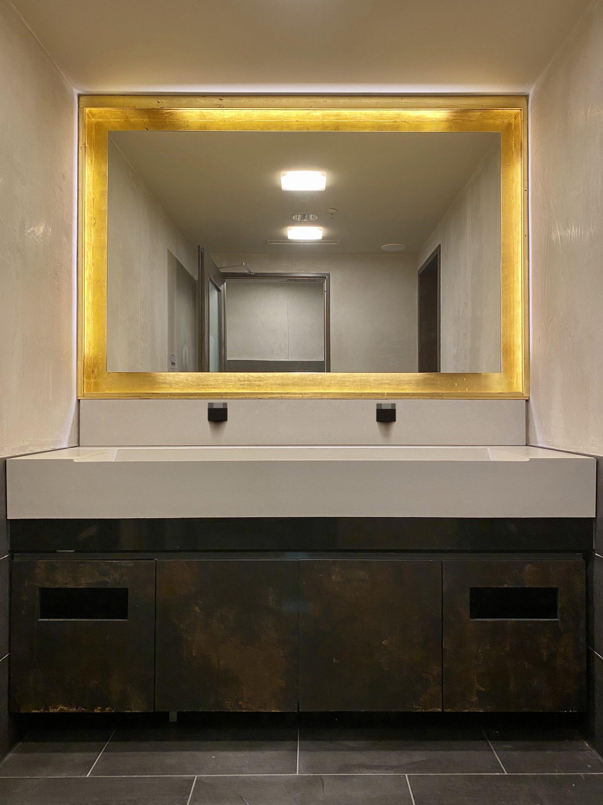 Beton-Design ganz groß im stillen Örtchen